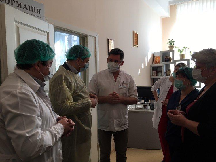 Марцінків показав, як лікарня на Матейка готується до прийому хворих 6