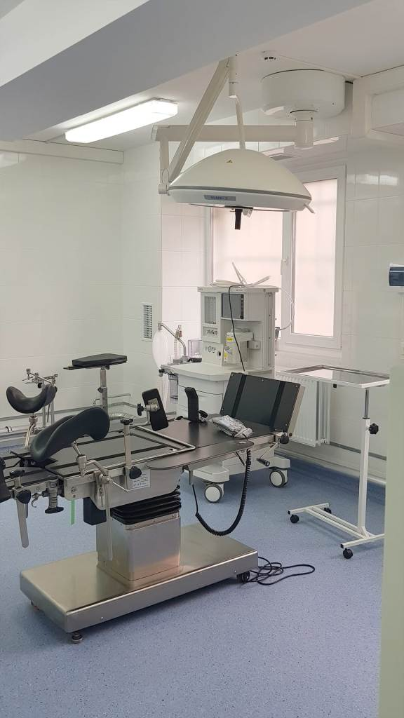 У Франківській ОКЛ показали відремонтоване приміщення відділення екстреної медичної допомоги 7