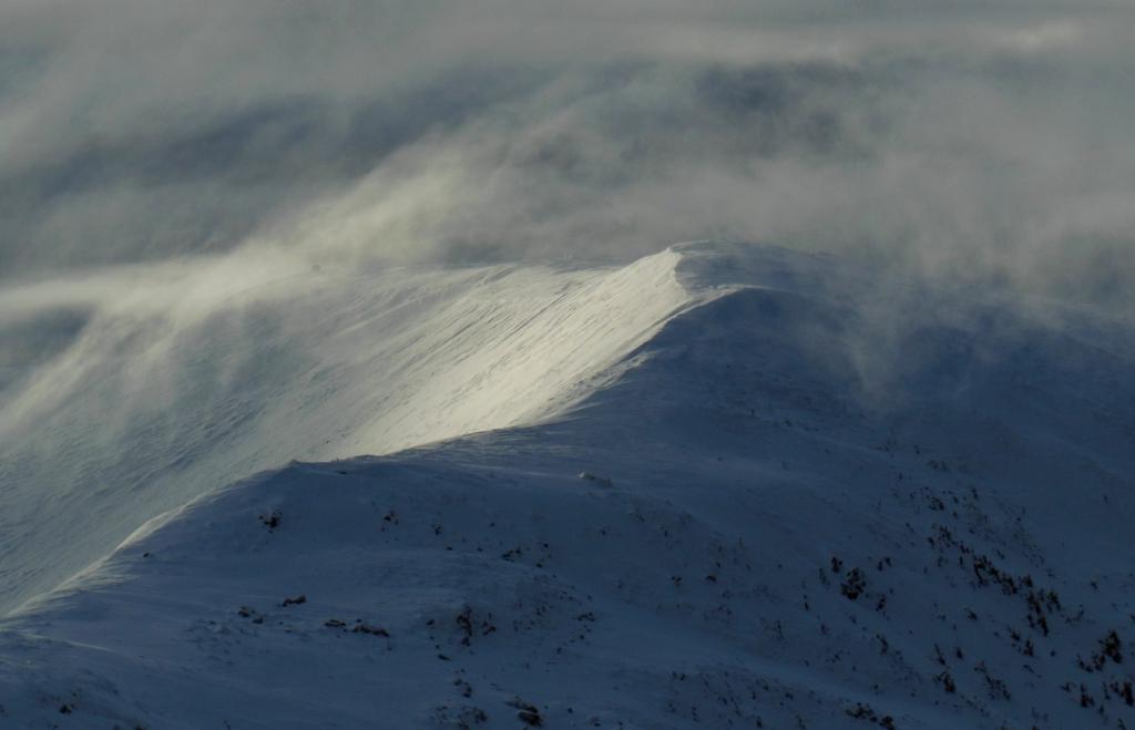 На 1800: франківець опублікував фото зимового шторму в Карпатах 2