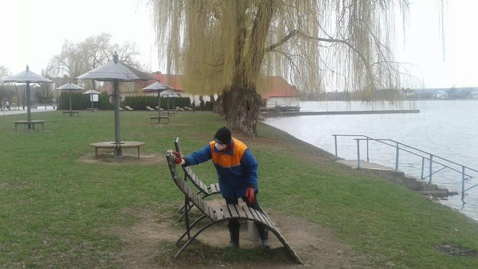 У франківському парку та на озері провели масштабну дезінфекцію 4