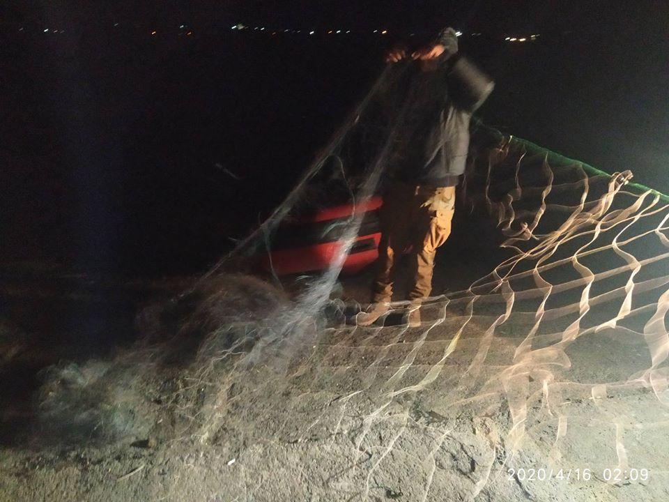 Рибпатруль вночі спіймав браконьєрів на Бурштинському водосховищі 2