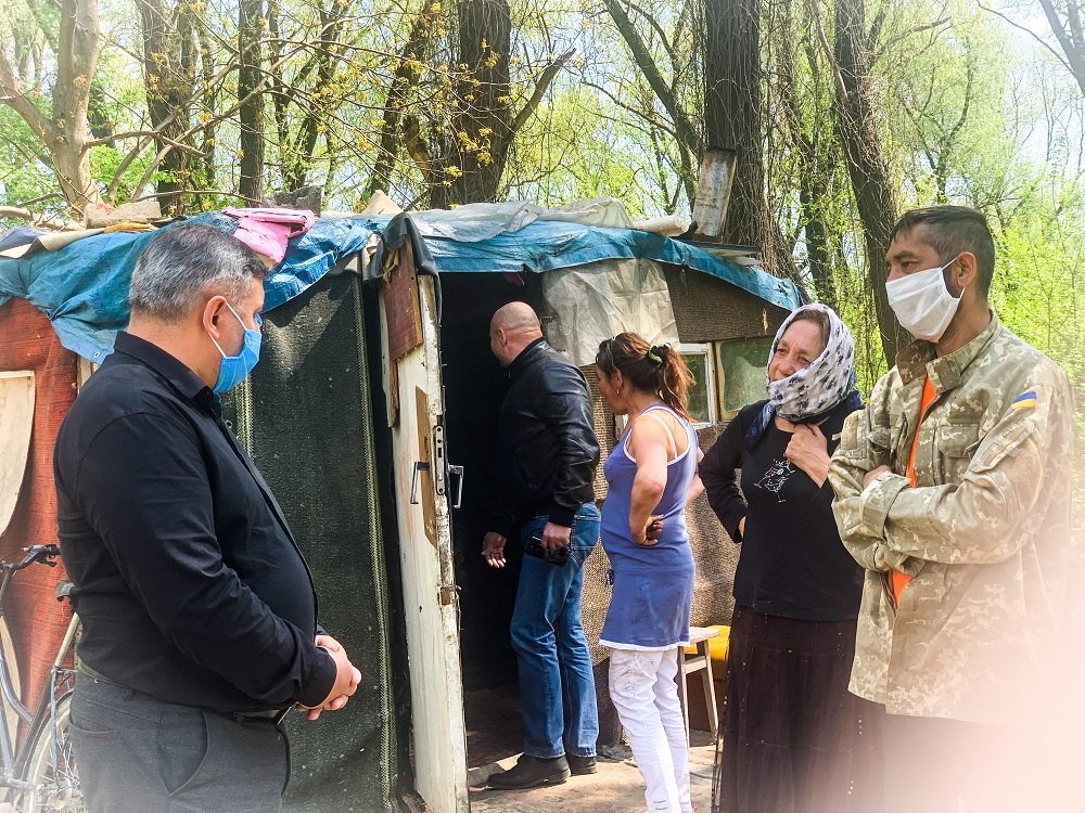 Після скандалу: Марцінків обіцяє ромам співпрацю і допомогу 14