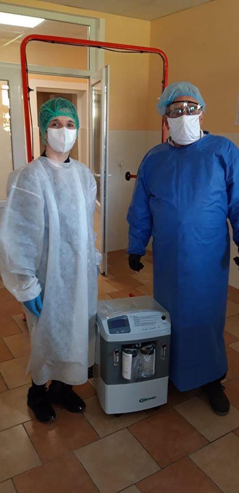 В Яремчанську лікарню передали кисневиий концентратор та іншу допомогу 1