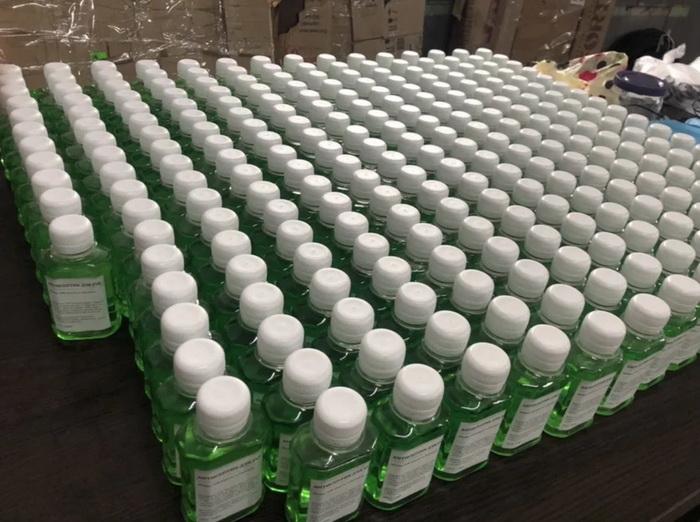 У центрі Франківська СБУ викрила підпільне виробництво антисептиків 1