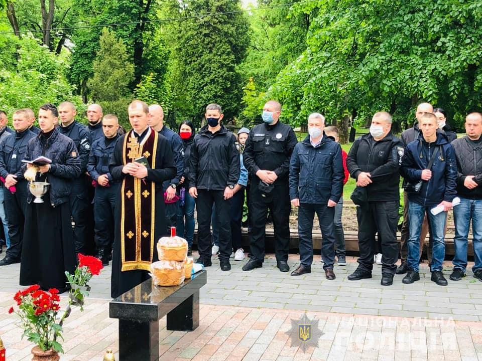 Франківці вшанували загиблих на горі Карачун у 2014 році 4
