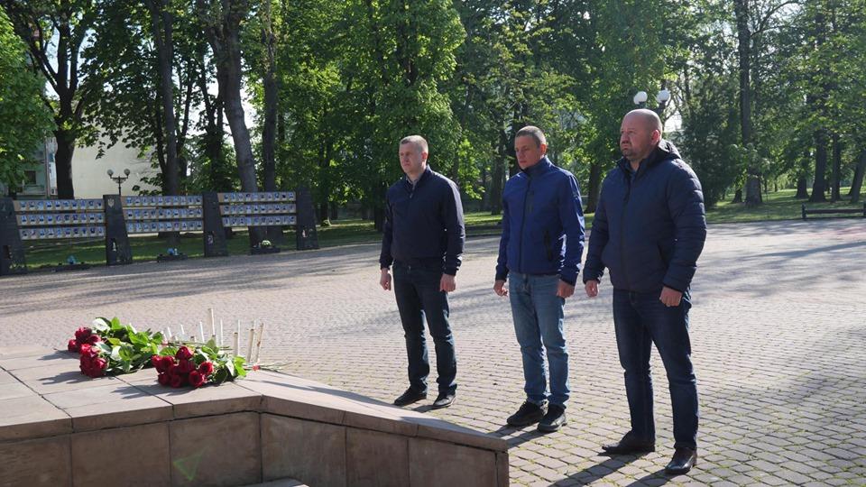 День пам'яті та примирення: у Франківську вшанували пам'ять загиблих у Другій світовій війні 2