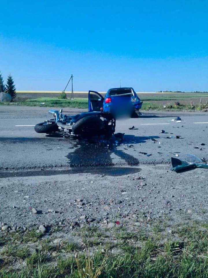 На Франківщині у ДТП травмувалися мотоцикліст та пішохід 2