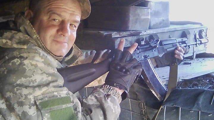 Ветеран війни в Коломиї робить палети з відходів 1