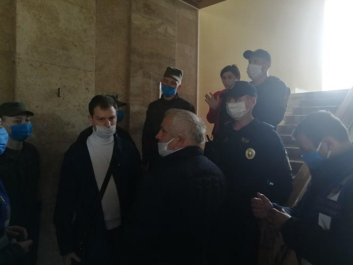 В ОДА приїхала делегація з Богородчан – вимагають приєднання до Франківського району