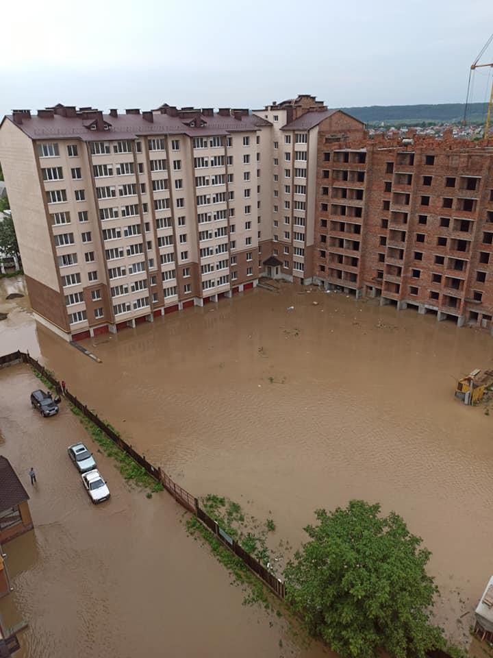 5 проблемних місць Франківська: де й чому топить місто в дощ 2