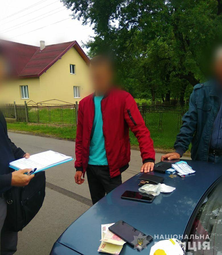 На Івано-Франківщині СБУ викрила голову ОТГ на вимаганні грошей з підприємця 2