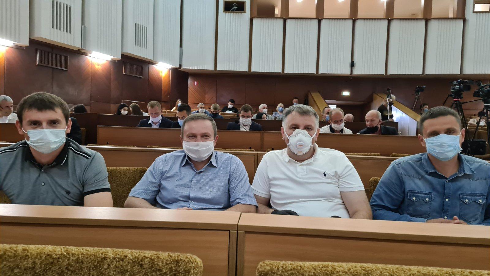 Франківська міськрада закликала Зеленського припинити політичні переслідування опозиційних політиків та активістів 1