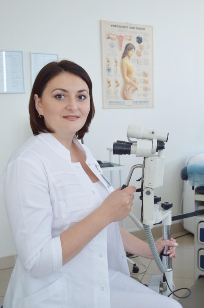 Ольга Вінтонів – лікар акушер-гінеколог медичного центру «Оксфорд Медікал»