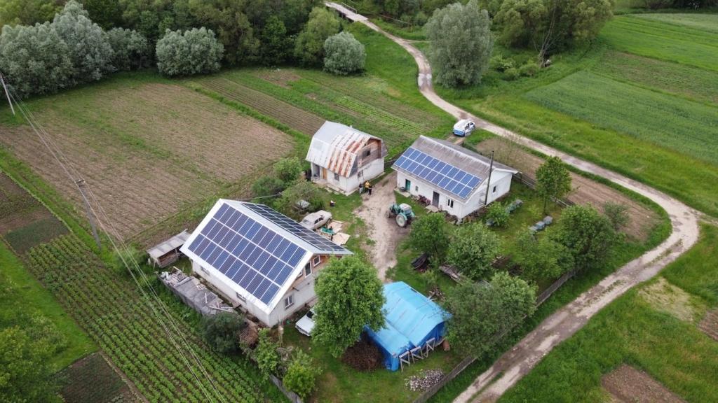 сонячна електростанція у Вікторові