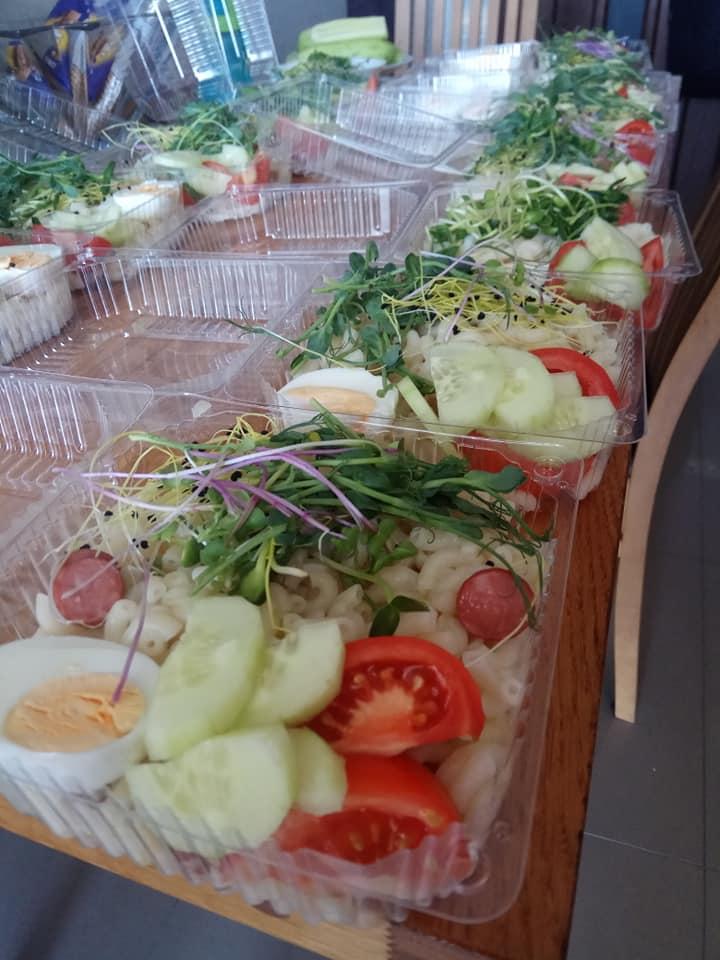 У Франківську кожного тижня роздають безкоштовні обіди потребуючим 2