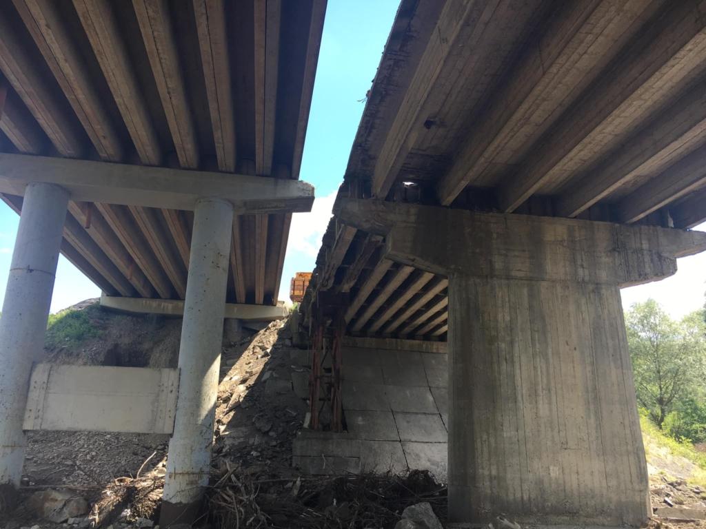 У Боднарові демонтували старий міст, щоб укласти частину нового 8