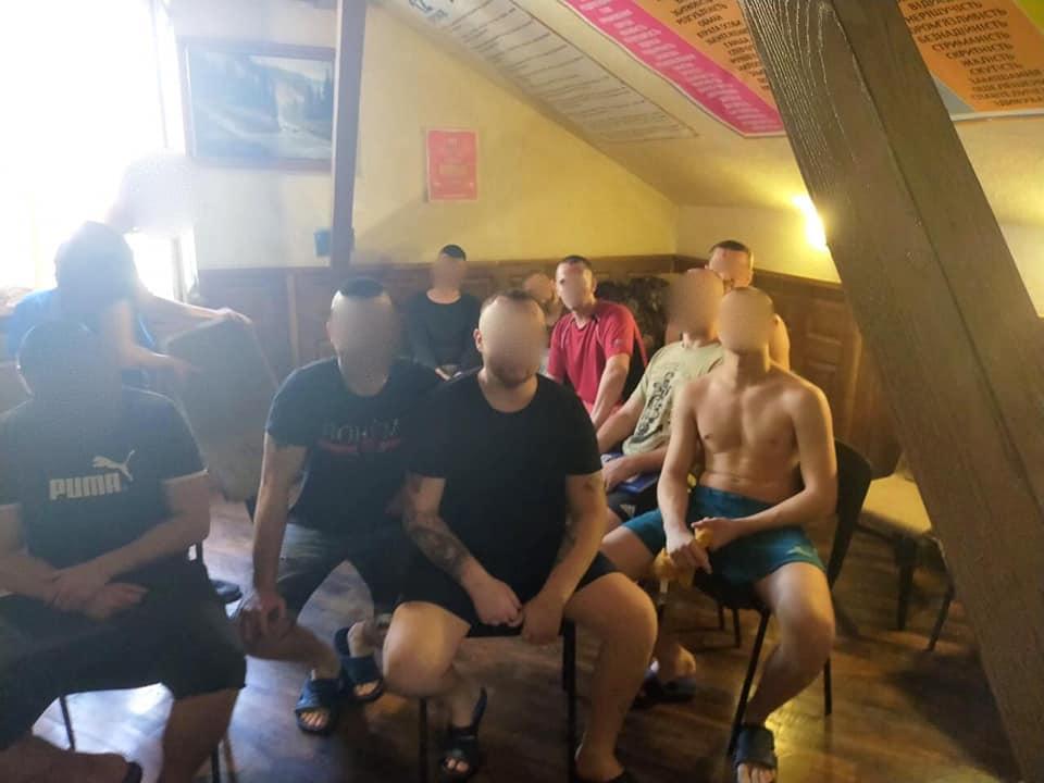 У «реабілітаційних» центрах Франківська незаконно утримували людей 10