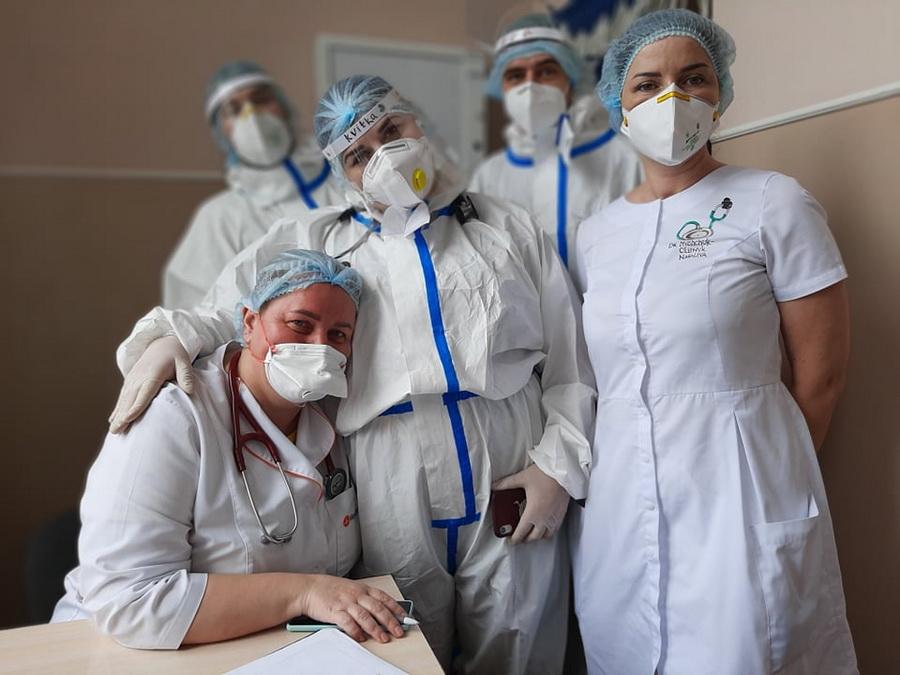 Інтерни практикують у терапії Франківської лікарні №1, де хворі на COVID-19 6
