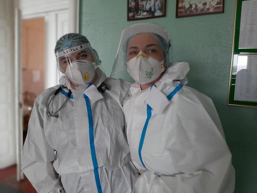 Інтерни практикують у терапії Франківської лікарні №1, де хворі на COVID-19 2