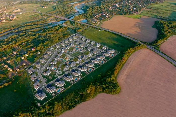 В Івано-Франківську будують котеджне містечко OZON Village