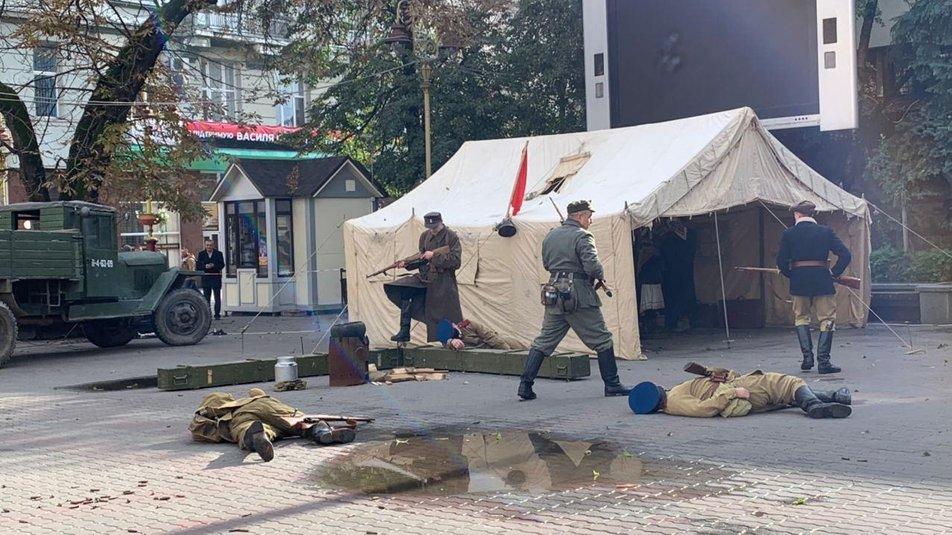 З гарматами та кулеметами. У Франківську відтворили бій НКВС із УПА 8