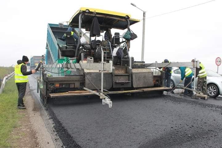 На кільці у Чернієві закінчили ремонт дороги – пішли на Драгомирчани 2