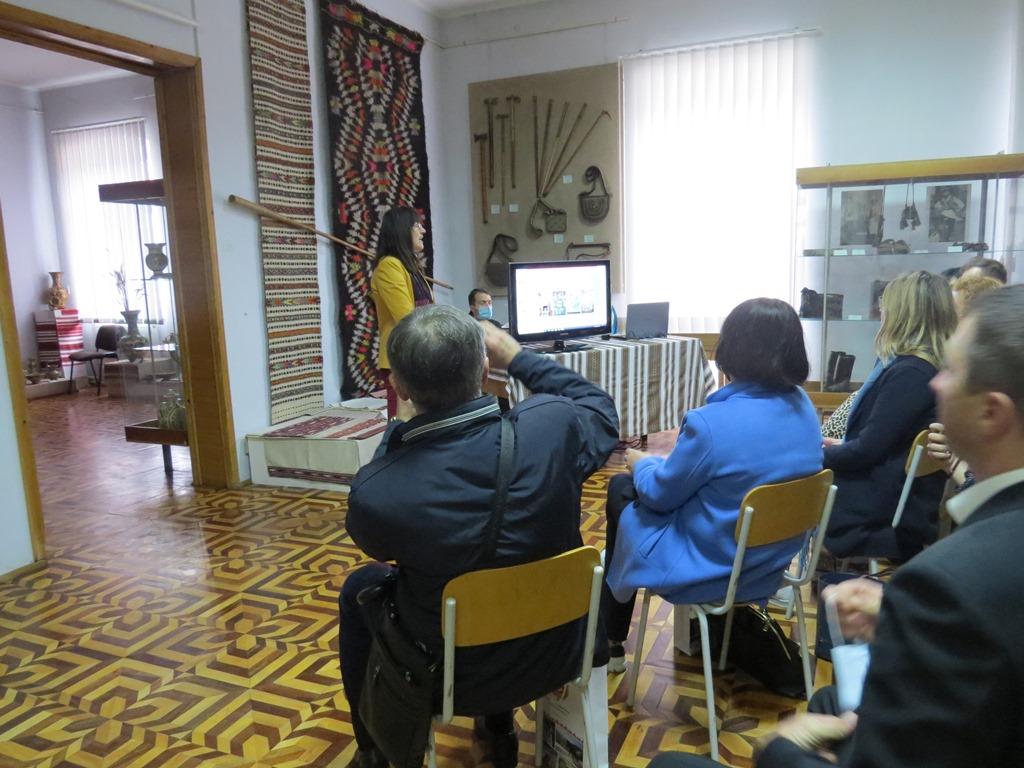 На Прикарпатті презентували проєкт будівництва центру косівської кераміки 2