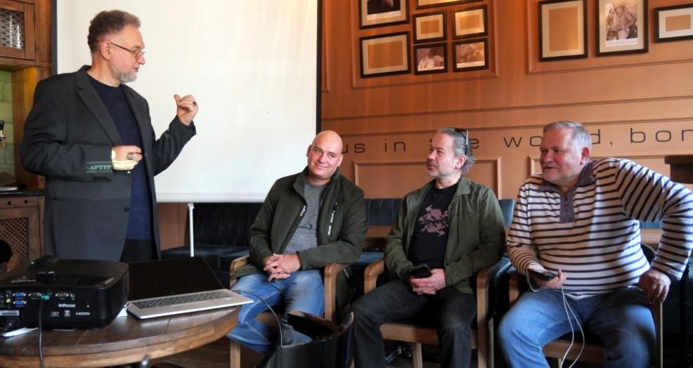 """У Чарочній """"Артур Бернс"""" презентують кліп про Станисавівську фортецю"""