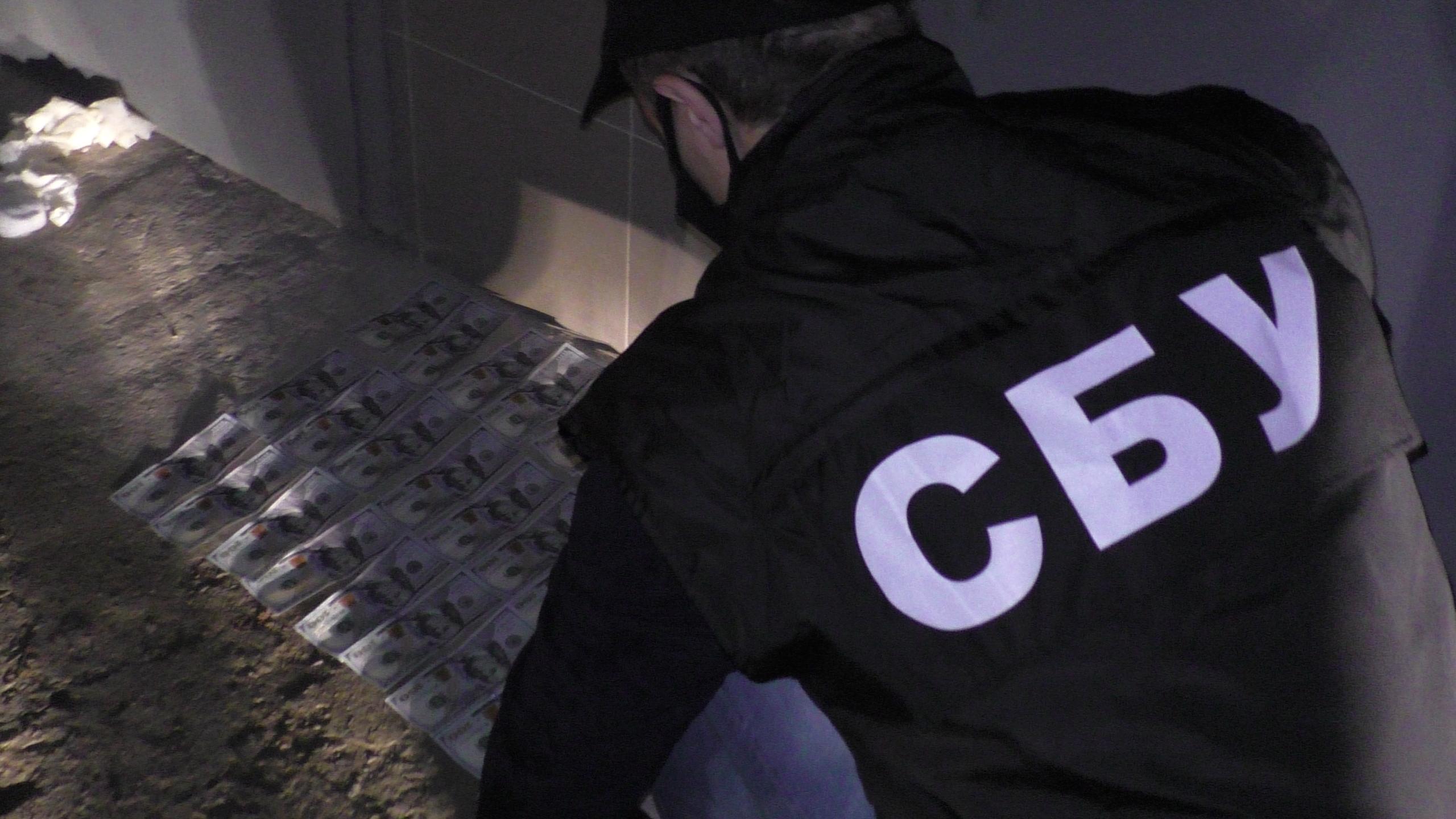 У Франківську начальника обласного бюро судово-медичної експертизи спіймали на хабарі 2