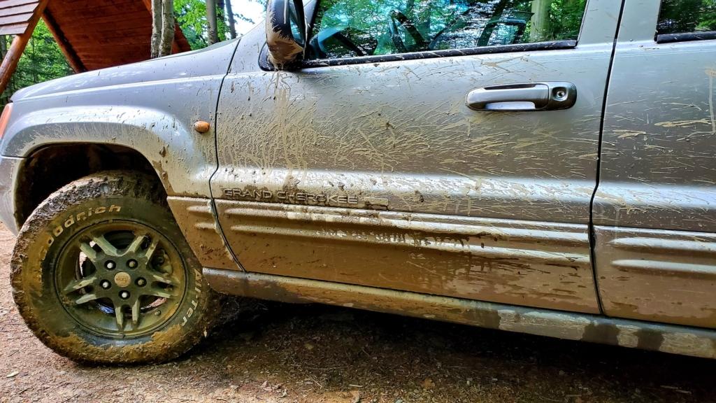 """Секретар Івано-Франківської міськради купив """"Ford  Explorer"""" за ціною, вдвічі нижчою за ринкову 1"""