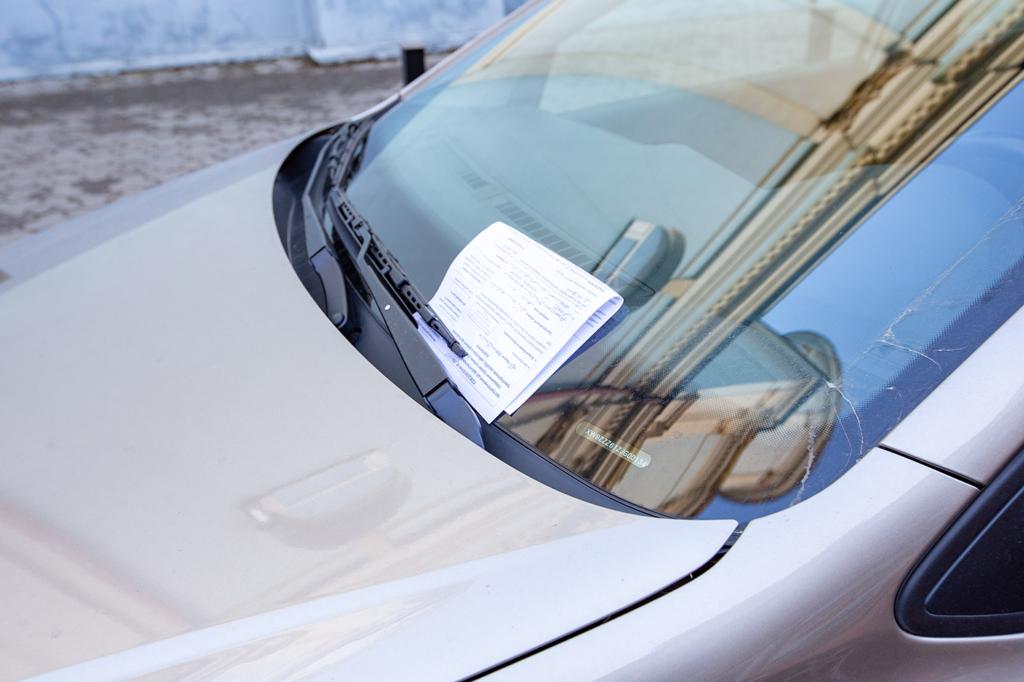 Інспекторам з паркування у Франківську куплять евакуатор 2
