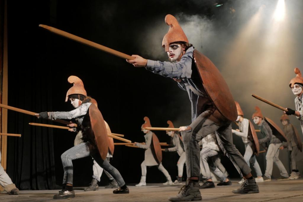 """Постановку """"Едіпа"""" франківського драмтеатру критикує Остап Українець"""