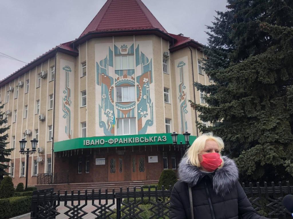 """У Франківську """"тарифного майдану"""" не сталося: на протест вийшли до пів сотні людей 3"""