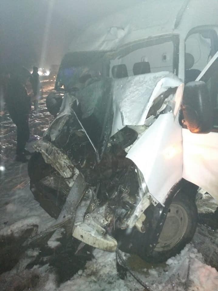 У ДТП за участю рейсового автобуса на Коломийщині травмувалося двоє людей 1
