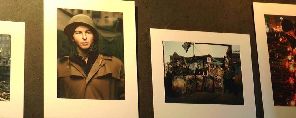Майдан, історія майбутнього: у Франківську відкрили документальну виставку про Революцію Гідності 1