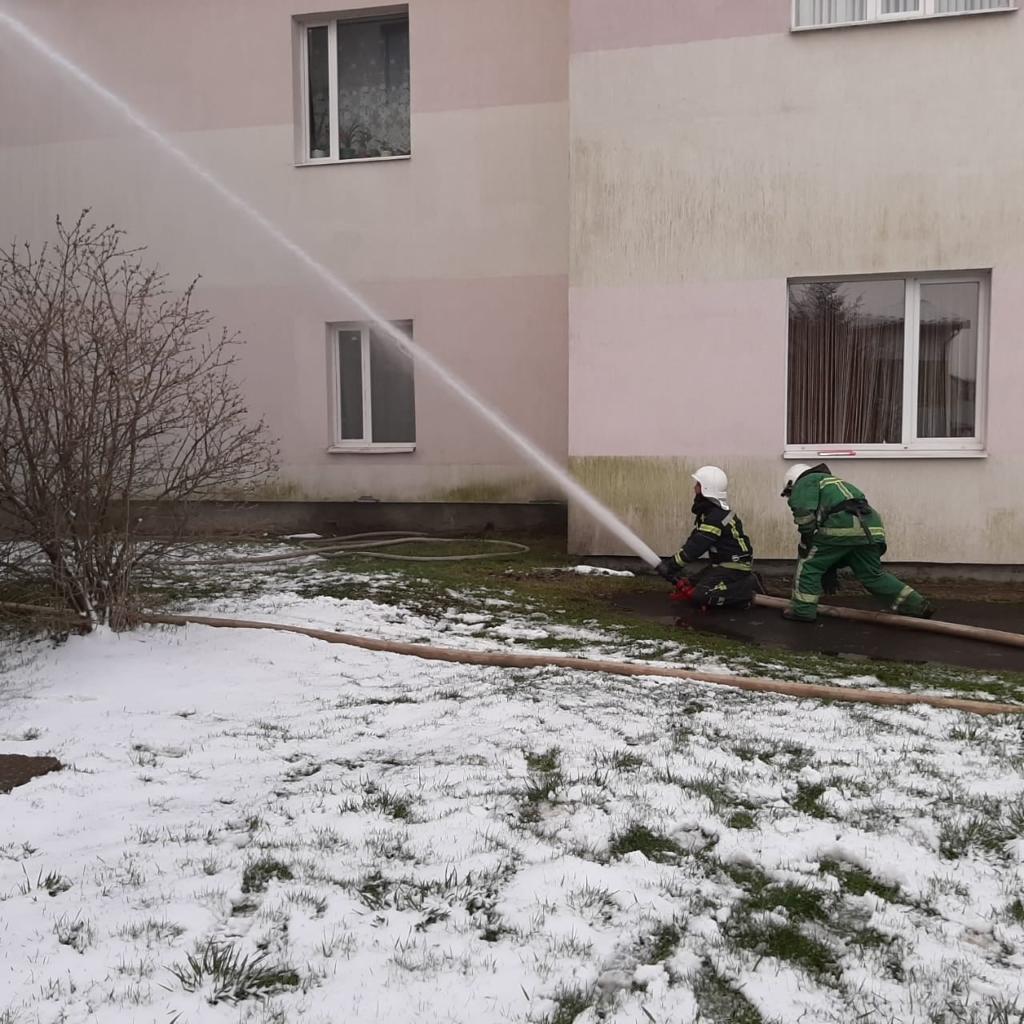лікарня горить у Долині - пожежа