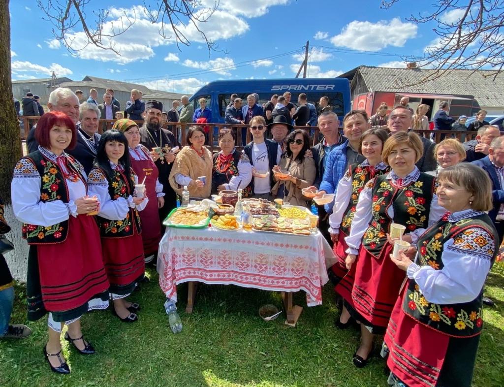 Щоби ложка стояла: на Фестивалі борщу у Кричці представили 12 варіантів страви 4