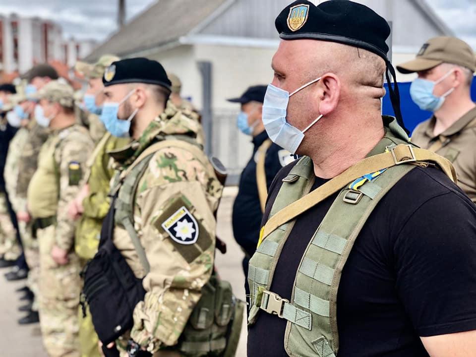 З зони війни до Франківська повернувся загін поліцейських 1