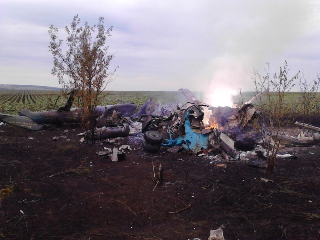 Сьогодні - річниця загибелі генерала Кульчицького та земляків-міліціонерів, чий вертоліт збили під Слов'янськом 1