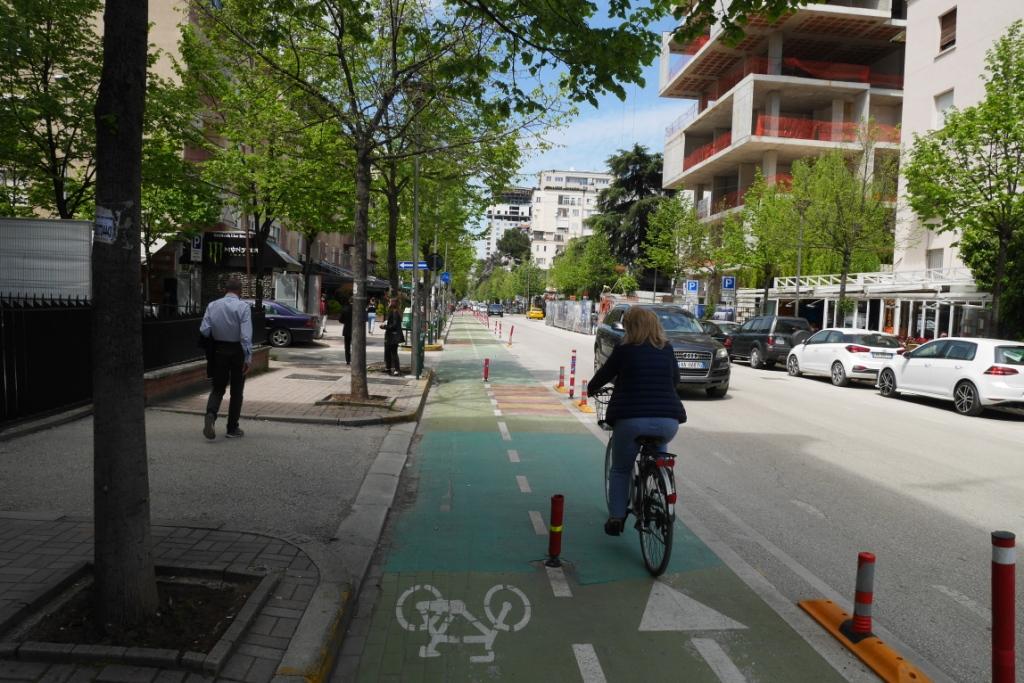 велодоріжки в столиці Албанії Тирані