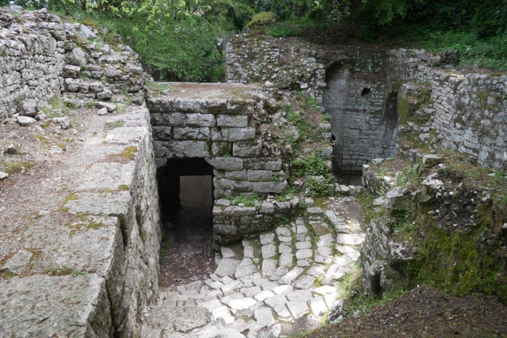 памятки історії й архітектури в Албанії