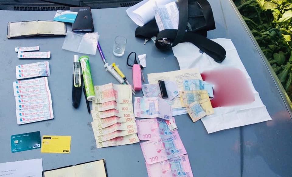 У Франківську затримали наркодилера, який продавав отриманий у лікарні метадон 1