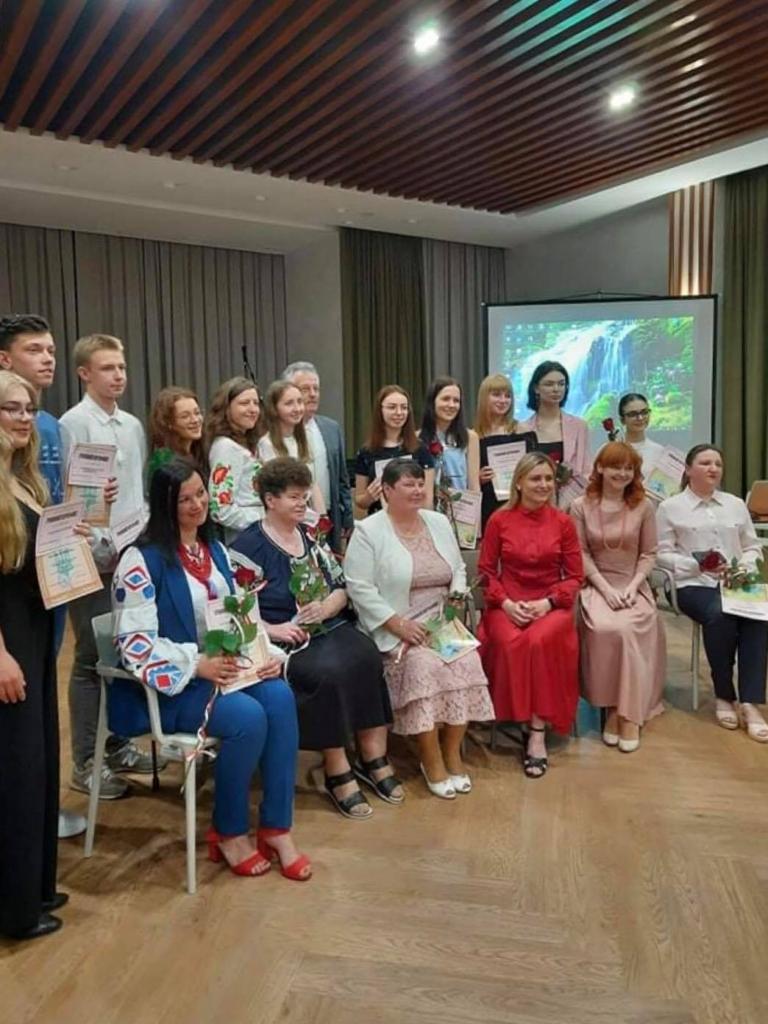 П'ятьом учням і педагогам Калуського ліцею Бахматюка вручили нагороди і премії 2