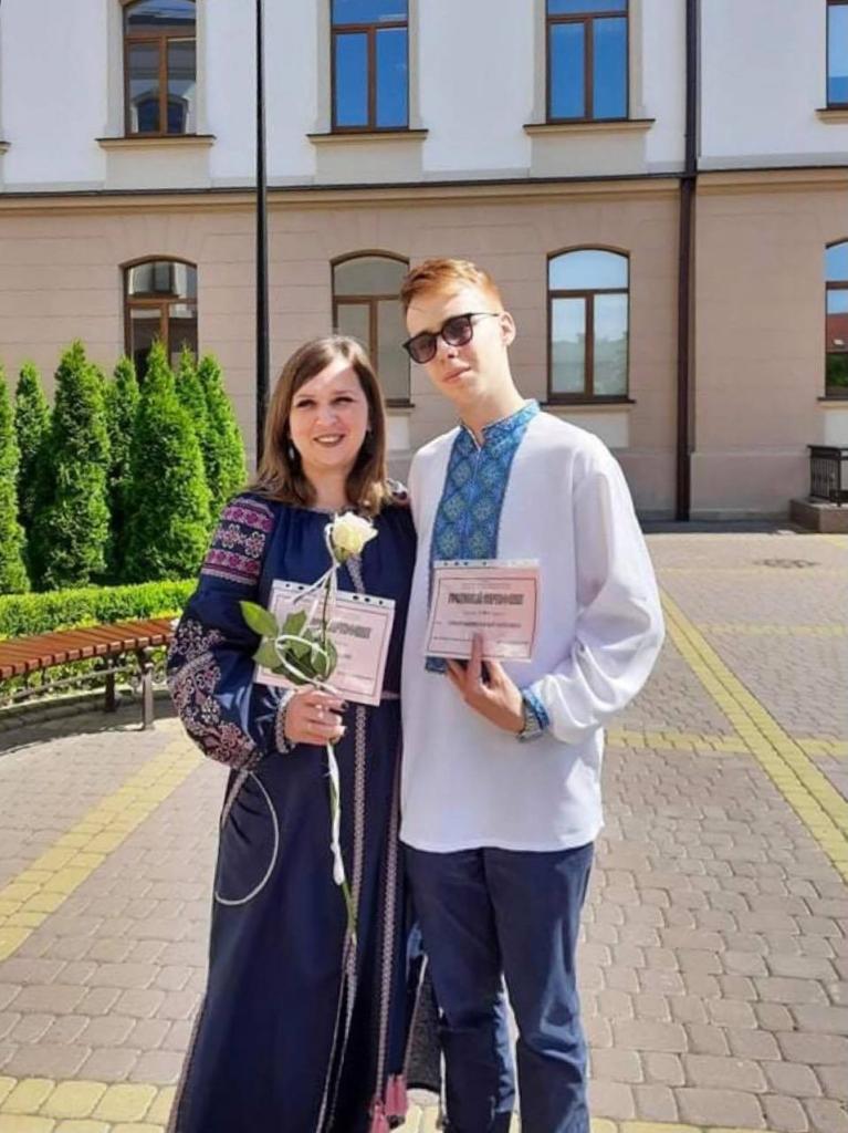 П'ятьом учням і педагогам Калуського ліцею Бахматюка вручили нагороди і премії 4