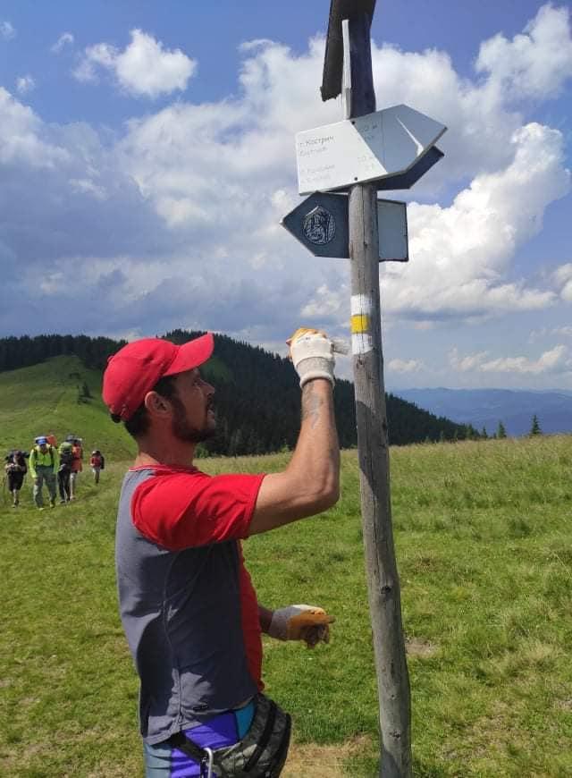 Відновили маркування туристичних маршрутів на Кострич і Шпиці 1
