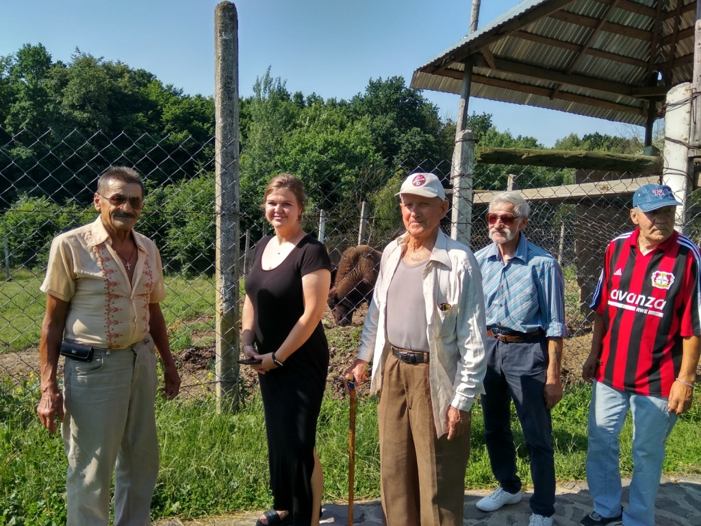 Франківський неріатричний пансіонат влаштував екскурсію для стареньких до Галицького НПП